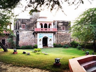 Lal Darwaza - 100 Year old Manor near Gurugram, Gurgaon