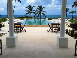 Breathtaking Beachfront Luxury Boutique Estate on Eleuthera