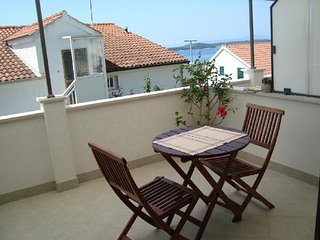 White apartment, Hvar