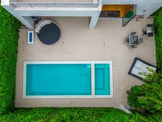#111 Modern Dream w/Pool by Beverly Center & Grove, Beverly Hills