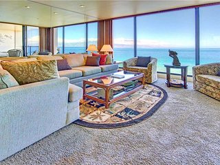 A true gem of the Westside with Amazing Ocean Views  Mahana Resort #1104