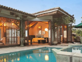 #102 The Villa, West Hollywood