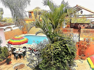 2 Bdrm Villa, Pool, Private Setting above town overlooking the bay