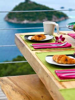 Order a nice breakfast, lunch or dinner at one of the great restaurants on the island that deliver