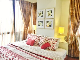 Classy Contemporary 1 Bedroom Suite at BGC, Taguig City