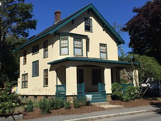 40% off regular rate:  Wonderful 4 Bedroom, 2 Full Bath Restored 1917 Home