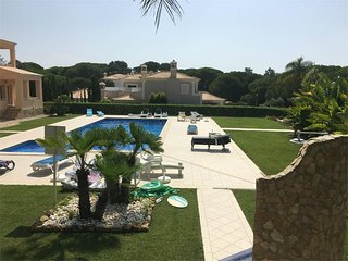 Vilas Alvas - Beautiful 2 Bed Apartment Central Location close to Beach, Quinta do Lago