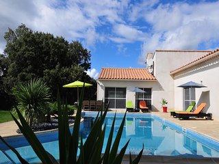 Chambres d'hôtes  au Pic St Loup, avec piscine à 25 minutes de Montpellier