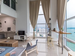 Amazing Sea View 2 Bed Duplex, Penang