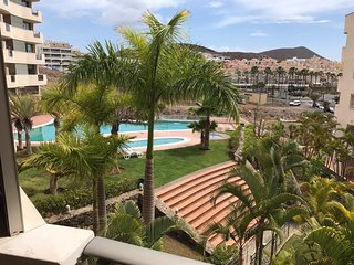 Spacious Apartment Close to the Beach  with Relaxing Views
