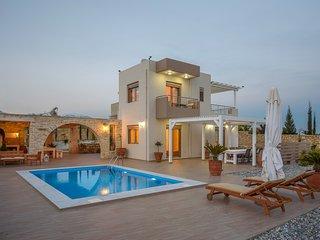 Golden Sky- Villa Rafaela