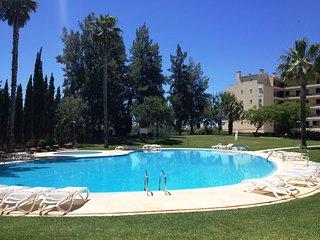 2 Bedr Luxury 10 min to the beach swimmingpool PN, Vilamoura