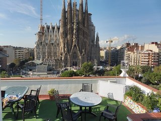 PSF0 - AMAZING VIEWS FRONT SAGRADA FAMILIA, Barcelona