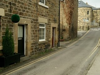 Keys Cottage dating back to the mid 1700's set in the heart of Pateley Bridge