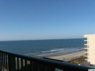 Beach Lover's Condo With Spectacular Ocean Views, Pool, Jacuzzi, and Lazy River!, North Myrtle Beach