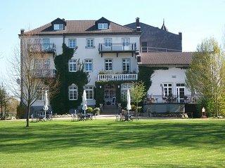 Ferienwohnung 1 im Schloss Neuhof UNESCO Biospharenreservat Schaalsee