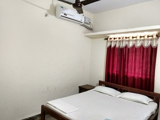 Cozy Deluxe 1BHK Apartment located near Morjim- Ashvem Beach, Goa