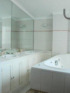 Sink area of en-suite master bedroom