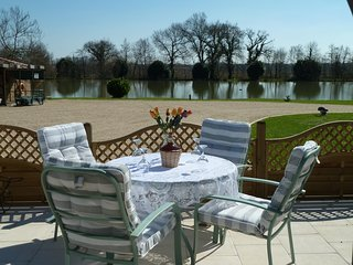 Lake Les Landes, Two bedroom gite with fishing lake
