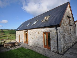 CWRTY Barn in Kidwelly, Llandyfaelog