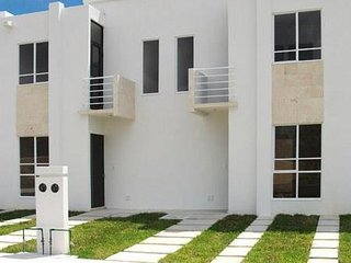 House #10 in private street with security, pool, full furnished