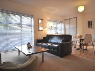 49336 Bungalow in Cheltenham, Cleeve Hill