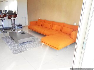 Penthouse 4 Bedroom in Central Raanana. Balcony and Rooftop terrace. Renovated
