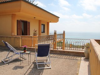 Appartamento in villa sul mare: sea view, parking, wifi. Sciacca.