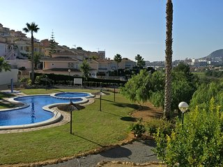 Casanova 2 Beautiful 2 Bed Apartment in Calpe with Mountain Views. Pool & Tennis
