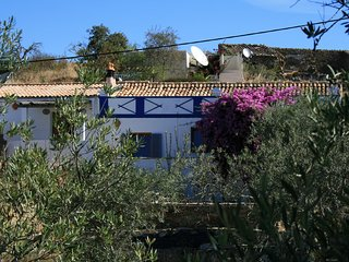 Charming Portuguese Farmhouse with Private Pool, Fonte do Bispo