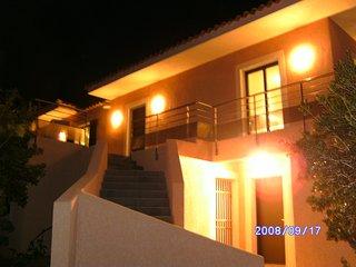 Villa et son studio 10 personnes + Jacuzzi