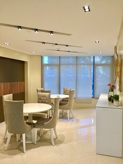 With modern design and very good interior lighting conducive to small meetings and business deals