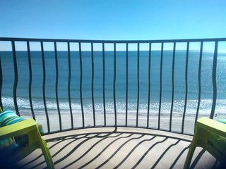 Oceanfront UPDATED 3BR/2BA in Heart of MB (END UNIT) *SPRING & SUMMER SPECIALS*