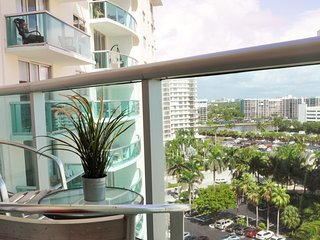 OCEAN VIEW IN HOLLYWOOD 1 Bed/ 1 Bath...