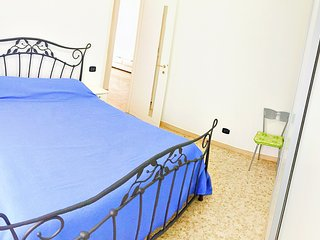 Only 200 m from the beach!, Terracina
