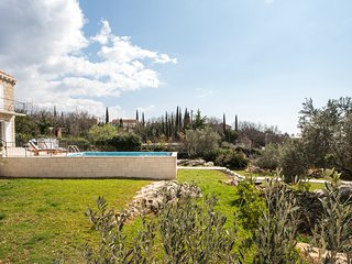 Sunny Villa -stylish and modern new property near Dubrovnik, Cilipi
