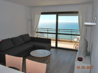 Salou beachfront Apartment