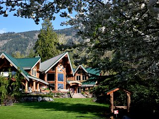 "Bed and Breakfast - ""The Rockwell Harrison Guest Lodge"""