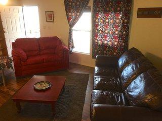 Bogan Villa 3br/2ba Mobile Home on Scottsdale Greenbelt, Tempe