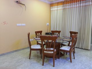 One BHK Serviced Apartment SA2 for rent with Modular Kitchen in Lucknow, India