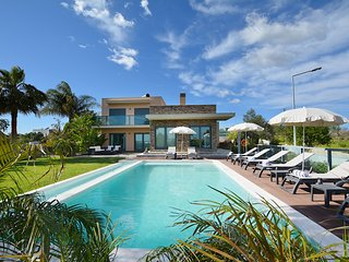 Villa Julimar - New!