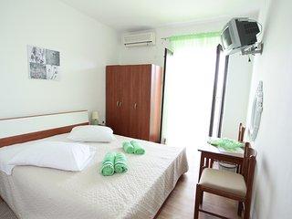 BILI GALEB GREEN ROOM, Marina