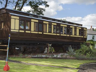 Mevy - a luxuriously appointed Victorian railway carriage, Saint Germans