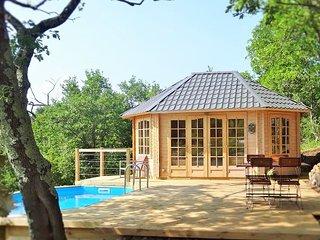 Le Vallon des Etoiles-Sud Ardeche: insolite Cottage avec  piscine privee et Spa