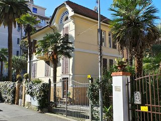Aloe - very centrally located with parking, Rapallo