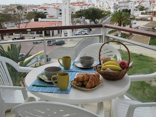 Spacious apartment Albufeira in quiet area D2, Areias de Sao Joao