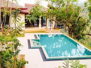 Aqua Dunhinda Villa