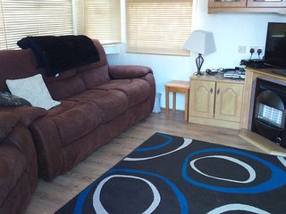 3 bed 5 berth Holiday Home, large decking, Summerfields 119 Park Resorts,, Hemsby