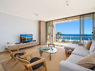 Orion Unit 7 - Luxury Apartment overlooking Snapper Rocks