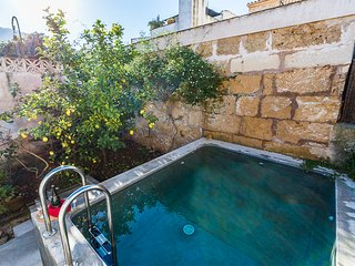 Townhouse with private pool near the Calvario, Pollença
